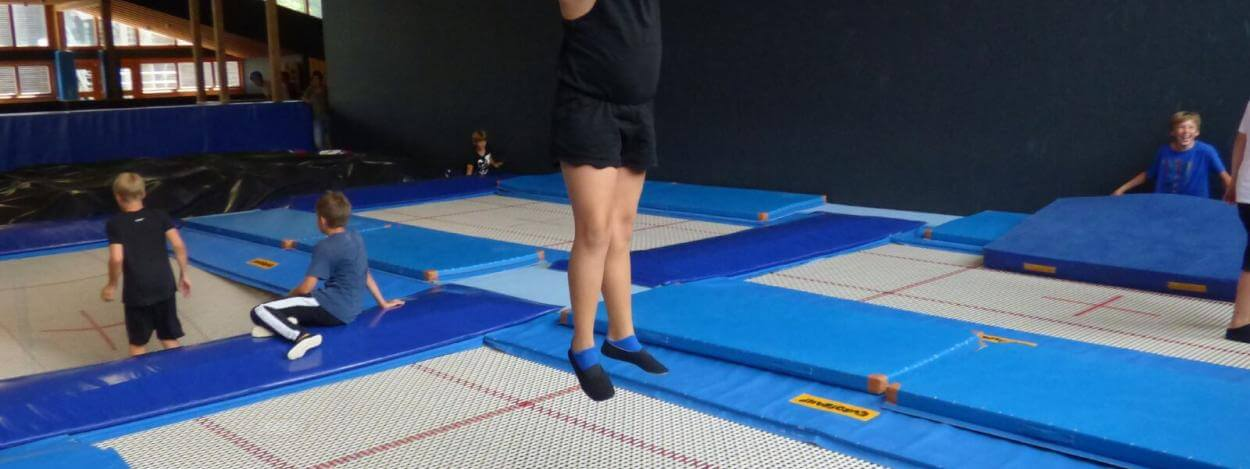 Sports-trampoline-freestyle-junior-camp-laax