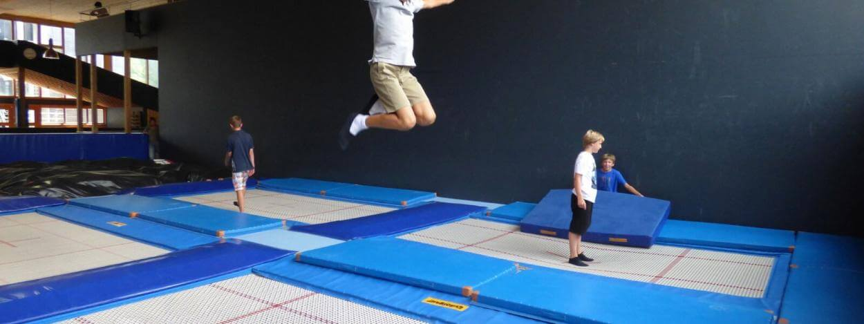 trampoline-freestyle-academy-junior-camp-switzerland-laax